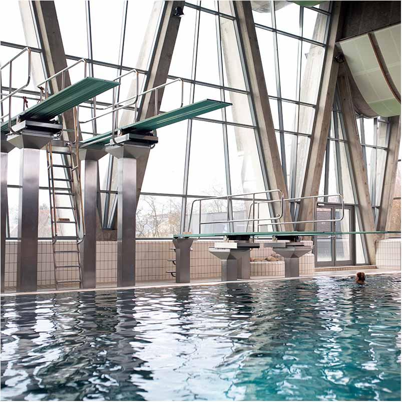 reklamefoto fra svømmehal i Århus